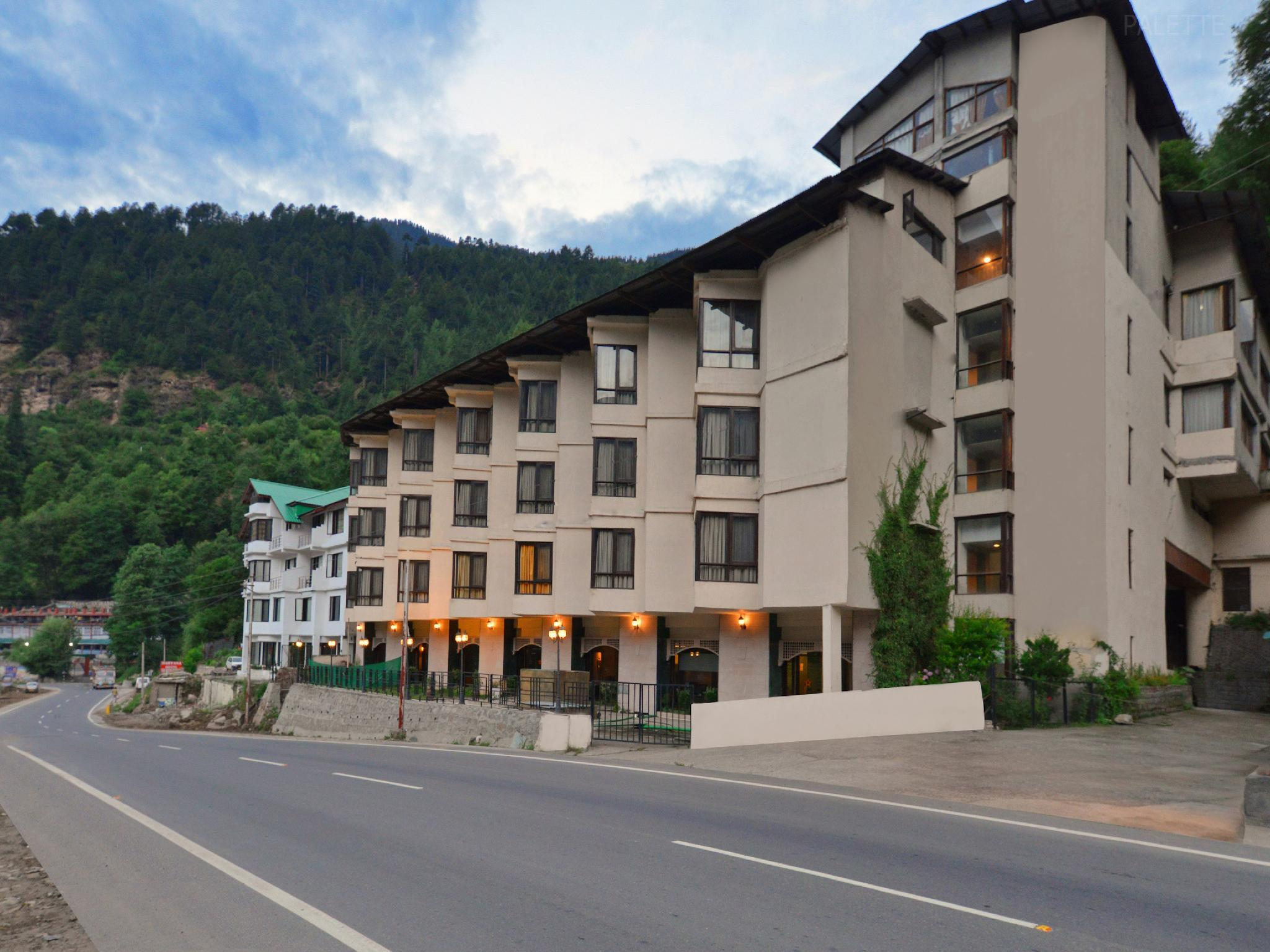 Palette   The River Crescent Resort