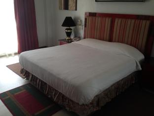 Wild Orchid Resort Angeles / Clark - Guest Room