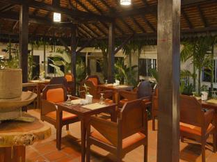 The Moon Boutique Hotel Siem Reap - Khmer-Oriental Restaurant
