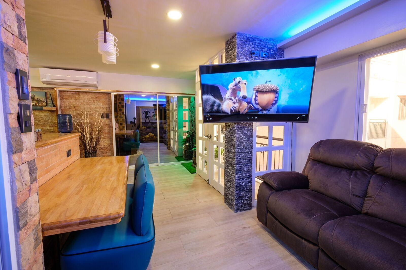 CLOCKWORKORANGE Luxury Condominiums