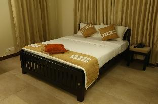 Фото отеля Nambiars - Group accommodation at kochi