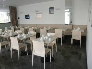 Nordic Hotel Berlin-Mitte Берлин - Ресторант