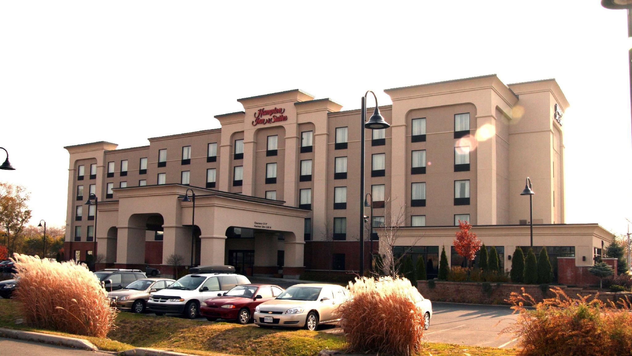 Hampton Inn And Suites Laval Quebec
