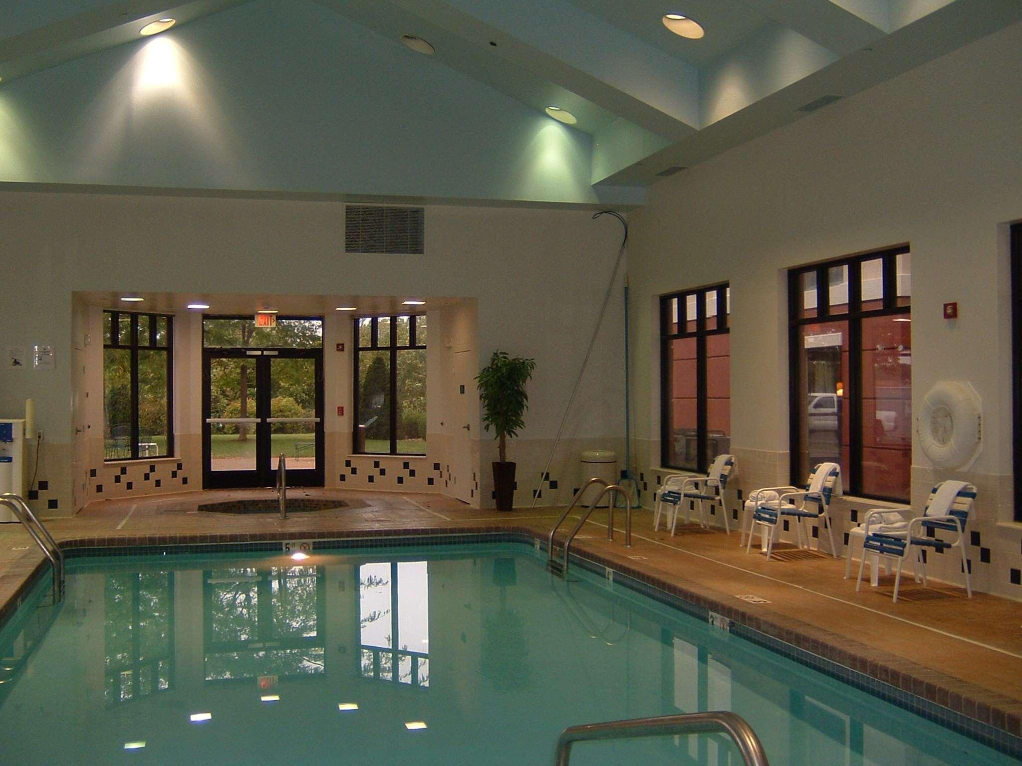 Hampton Inn And Suites Kansas City Merriam