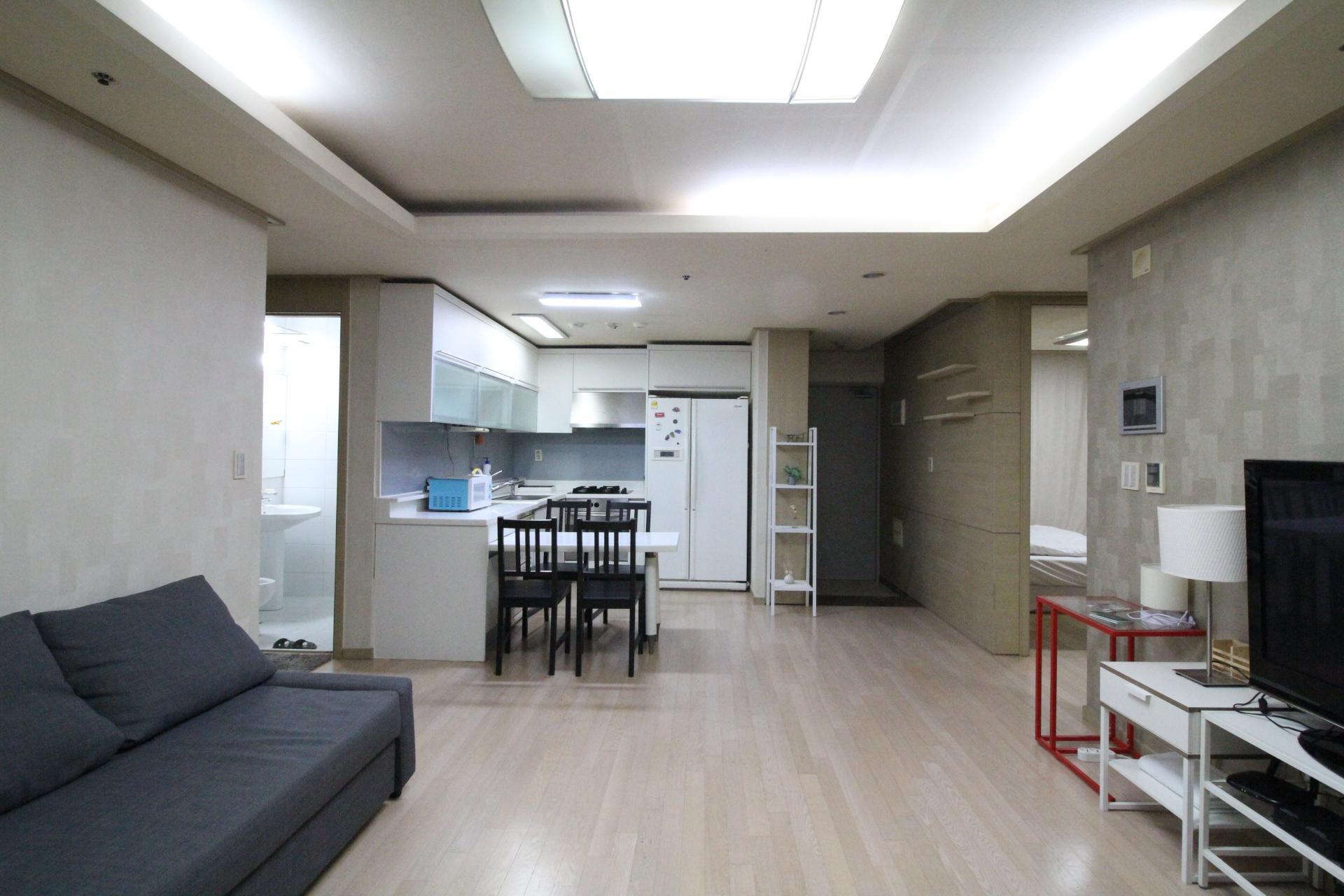 SAMSEONG2 Galleria 3BDR2BT 5MIN WALK SUBWAY
