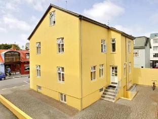/nb-no/alfred-s-apartments/hotel/reykjavik-is.html?asq=5VS4rPxIcpCoBEKGzfKvtE3U12NCtIguGg1udxEzJ7keqCYRqLR%2bUoWcrdzs8Mus2Mw0vGk2ufPhLHBa0Ko12pwRwxc6mmrXcYNM8lsQlbU%3d