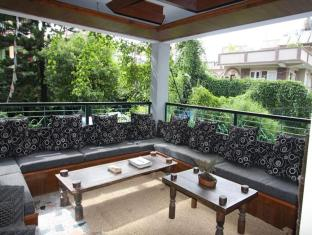 Hotel Ganesh Himal Kathmandu - Balcony
