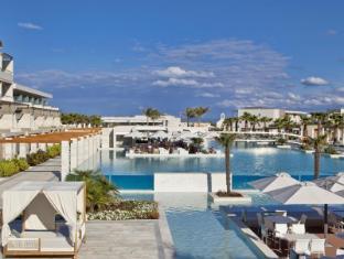 /avra-imperial-beach-resort-and-spa/hotel/crete-island-gr.html?asq=jGXBHFvRg5Z51Emf%2fbXG4w%3d%3d