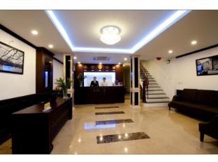 La Suite Hotel Hanoï - Réception