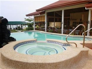 Bonita Oasis Beach Resort Moalboal - Swimming Pool