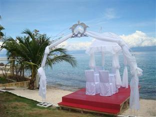 Bonita Oasis Beach Resort Moalboal - Beach Wedding Arrangements