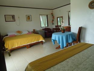 Bonita Oasis Beach Resort Moalboal - Family room