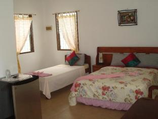 Bonita Oasis Beach Resort Moalboal - Premium Room