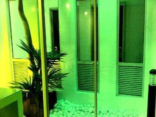 Woodpecker Lodge Кучинг - Интериор на хотела