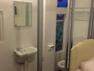 Woodpecker Lodge Kuching - Bathroom