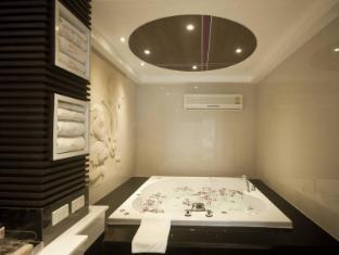 The L Resort Krabi - The L Suite- Bathroom
