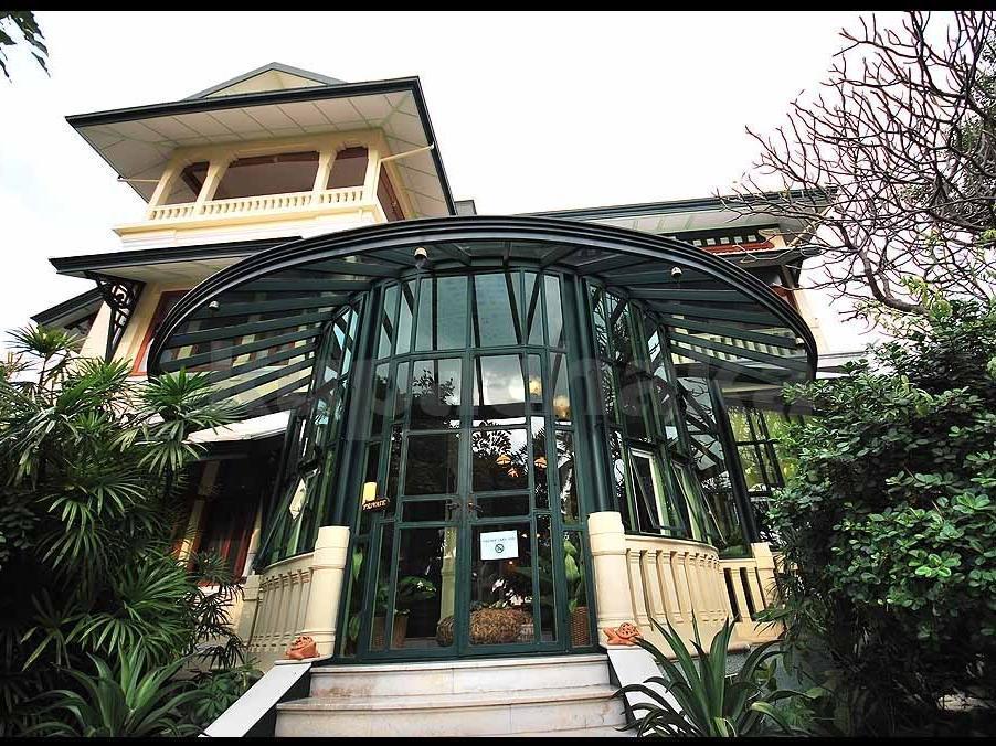 Chakrabongse Villas จักรพงษ์วิลล่า