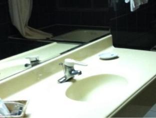 Kevin Business Hotel Taipei - Bathroom