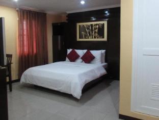 Oyster Plaza Hotel Manila - Junior Suite