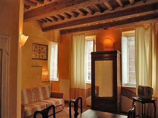La Tosca Rooms