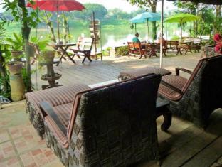 Hollanda Montri Guesthouse Chiang Mai - Restaurant