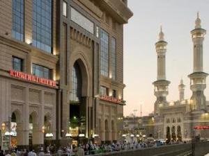 한눈에 보는 알 사프와 로얄 오키드 호텔 (Al Safwah Royale Orchid Hotel)