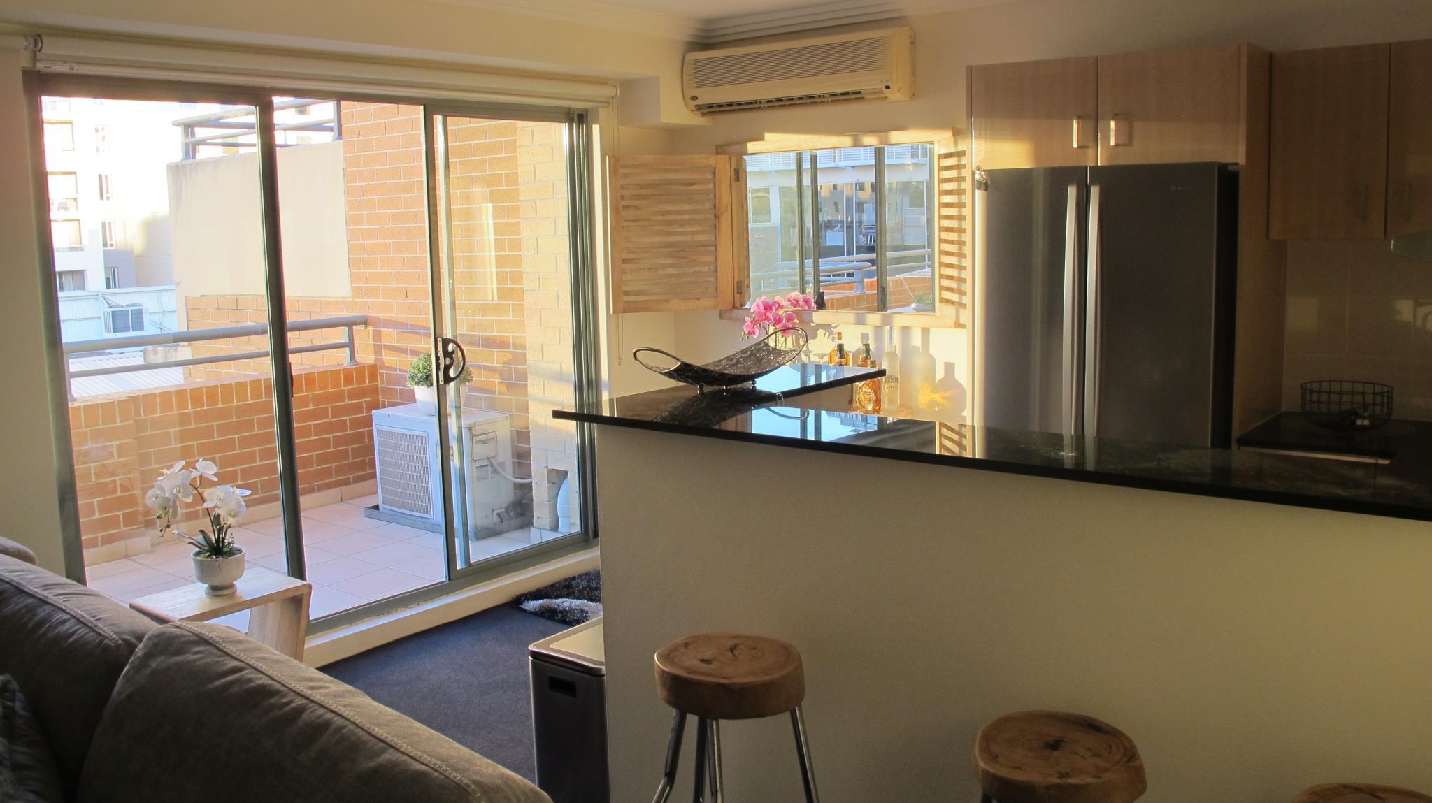 Sleek Apartment In The Heart Of Sydney