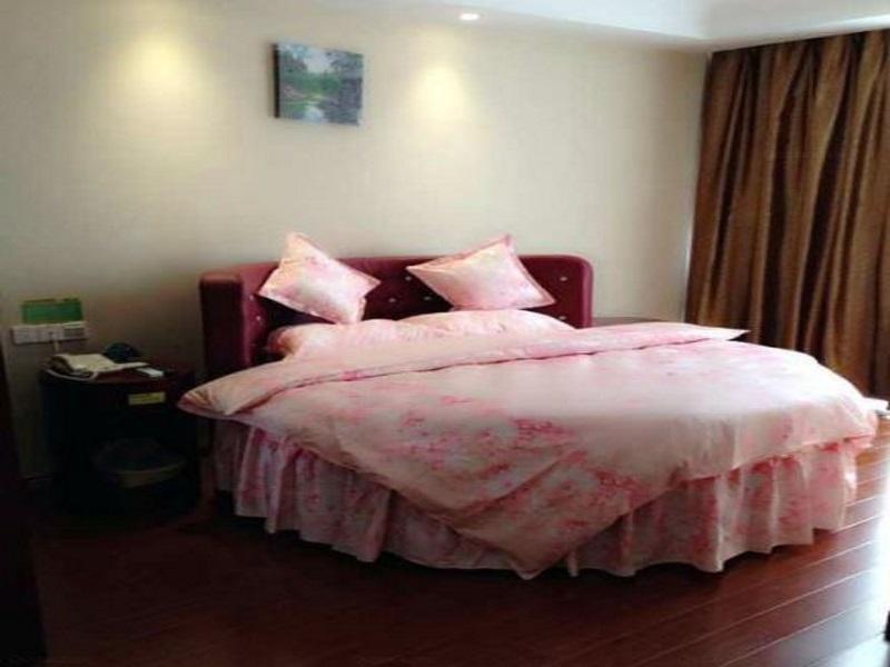 Review GreenTree Inn Suzhou Shengze Hotel