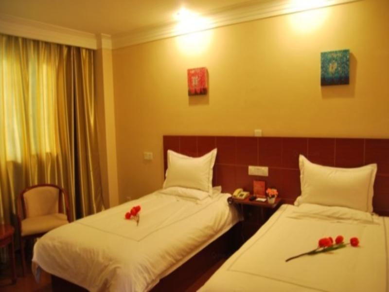 Discount GreenTree Inn Wuxi Railway Station Hotel
