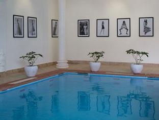 Le Leela Villa Hotel Phnom Penh - Swimming pool