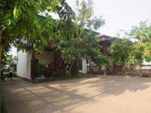 Inpeng Hotel & Resort Vientiane - Exterior