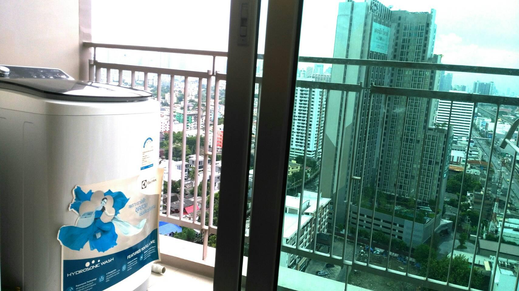 Price Thru  Sky pool, 1Room City&river views@Thong LO
