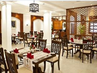 Radisson Blu Resort Goa Cavelossim Beach South Goa - Restoranas