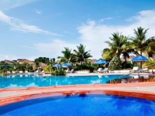 Radisson Blu Resort Goa Cavelossim Beach Güney Goa - Yüzme havuzu