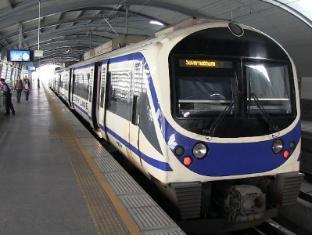 Asoke Residence Sukhumvit Bangkok - Airport Rail Link - Makkasan Station