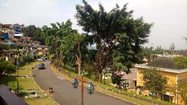 Fame Villa Little Condominium Kota Bunga