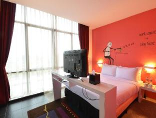 Zoom Inn Boutique Hotel Johor Bahru - Premier Queen with Window
