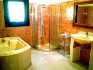 Bali Spark Resort Dive & Spa Bali - VIP Bathroom
