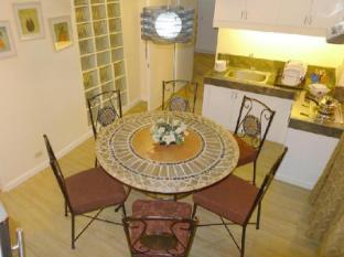 1775 Adriatico Suites
