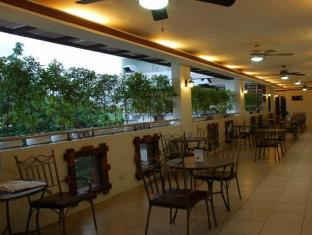 Ecoland Suites Davao - Kafe