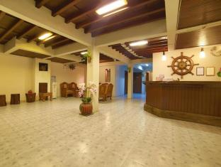 Relax Guest House Phuket - Lobby
