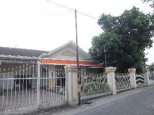 8 BR House at Athaya Padega Satria 2 Depok Kota