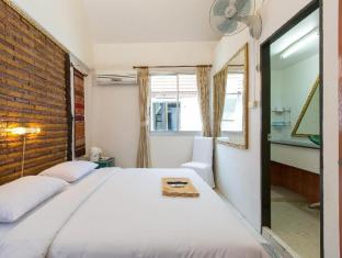 Connect Guesthouse Phuket - bedroom