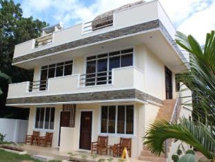 Palms Cove Resort Panglao Ø - Hotellet udefra
