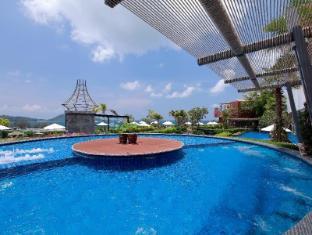 Sea Sun Sand Resort & Spa by Variety Hotels Phuket - Piscina de hidromasaje