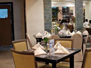 Pinnacle Hotel and Suites Davao City - Restaurant