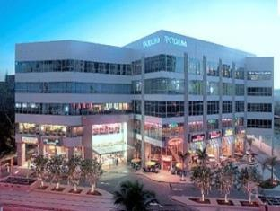 East of Galleria Condominium Manila - Nearby Mall- The Podium