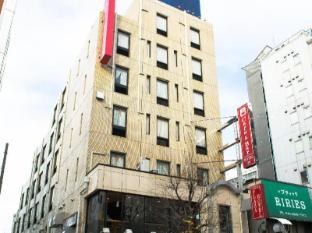 Tokyo Plaza Hotel Tokyo - Entrance