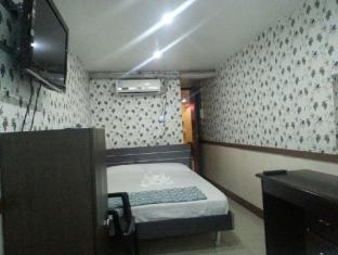 Golden City Hotel Manila - Double Room