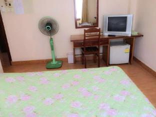 Riverside Hotel Vientiane - Double Air Conditioning with Window